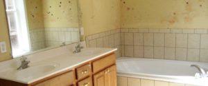 vochtige badkamer